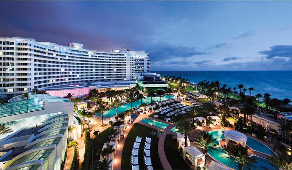 Fontainebleau Hotel Miami Beach Florida Usa